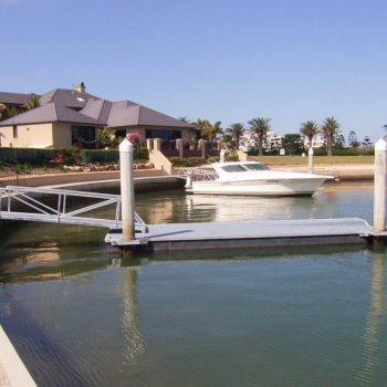 Specialised Pontoons